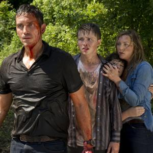 Jim Caviezel, Elisabeth Röhm, Jake Cherry, Sterling Knight