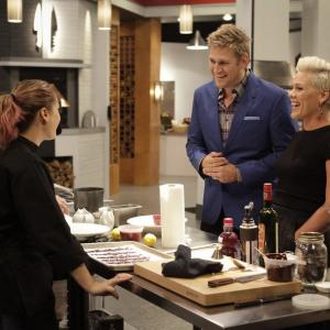 Still of Curtis Stone, Brooke Williamson, Shirley Chung and Alecia Moore in Top Chef Duels (2014)