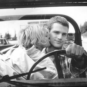Still of Drew Barrymore and Chris ODonnell in Mad Love 1995