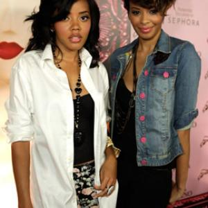 Angela Simmons, Vanessa Simmons