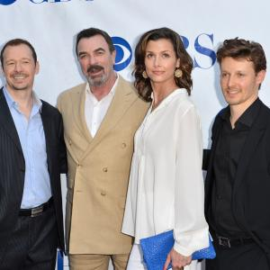 Tom Selleck, Bridget Moynahan, Donnie Wahlberg and Will Estes at event of Blue Bloods (2010)