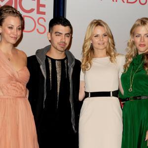 Busy Philipps, Kaley Cuoco, Jennifer Morrison and Joe Jonas