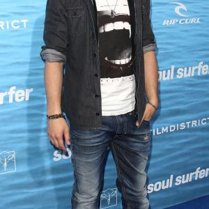 Joe Jonas at event of Bangu medziotoja (2011)