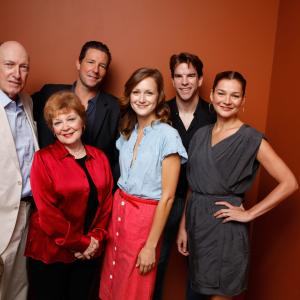 Edward Burns, Heather Burns, Anita Gillette, Ed Lauter, Michael McGlone and Kerry Bishé at event of The Fitzgerald Family Christmas (2012)