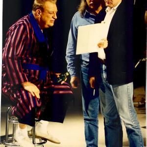 Rodney Dangerfield, Bob Zmuda & John Davies on set of COMEDY SALUTE TO ANDY KAUFMAN.