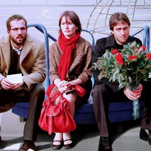 Still of Ryan Reynolds Emily Mortimer and Stuart Townsend in Chaos Theory 2008