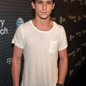 Daren Kagasoff Net Worth 2020 Wiki Married Family Wedding Salary Siblings Daren kagasoff was born daren maxwell kagasoff on 16th september 1987 in encino, california, u.s, under the birth sign virgo. net worth post