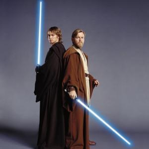 Ewan McGregor and Hayden Christensen in Zvaigzdziu karai Situ kerstas 2005
