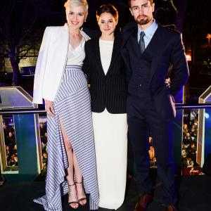Shailene Woodley, Theo James, Veronica Roth
