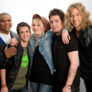 Still of Lee DeWyze, Aaron Kelly, Casey James, Crystal Bowersox and Michael Lynche in American Idol: The Search for a Superstar: Top Five Performance (2010)