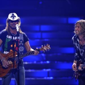 Still of Bret Michaels and Casey James in American Idol: The Search for a Superstar (2002)