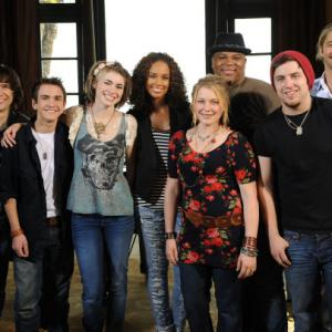 Still of Alicia Keys, Lee DeWyze, Aaron Kelly, Casey James, Crystal Bowersox, Michael Lynche, Siobhan Magnus and Tim Urban in American Idol: The Search for a Superstar (2002)