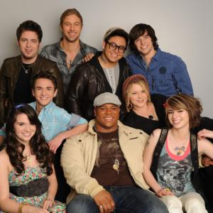 Still of Lee DeWyze, Katie Stevens, Aaron Kelly, Andrew Garcia, Casey James, Crystal Bowersox, Michael Lynche, Siobhan Magnus and Tim Urban in American Idol: The Search for a Superstar (2002)