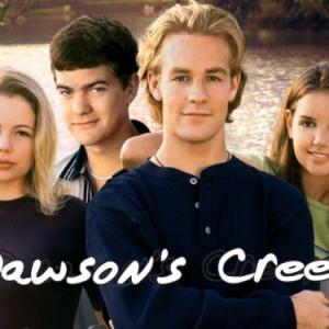 James Van Der Beek, Katie Holmes, Joshua Jackson and Michelle Williams in Dawson's Creek (1998)