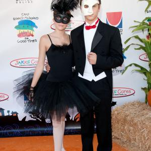 Bella Thorne and Garrett Backstrom