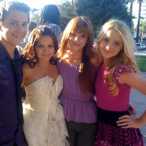 Garrett Backstrom, Ariel Winter, Belle Thorne & Kathryn Newton at the Picnic In The Park For