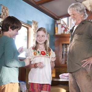 Still of Kris Kristofferson, Nathan Gamble and Cozi Zuehlsdorff in Dolphin Tale (2011)