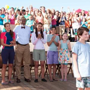 Still of Morgan Freeman, Harry Connick Jr., Nathan Gamble, Austin Highsmith, Juliana Harkavy, Betsy Landin and Cozi Zuehlsdorff in Dolphin Tale (2011)