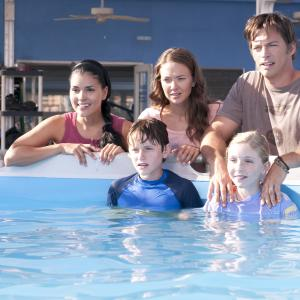 Still of Harry Connick Jr., Nathan Gamble, Austin Highsmith and Cozi Zuehlsdorff in Dolphin Tale (2011)
