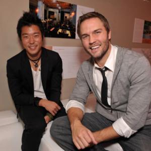 Aaron Yoo and Scott Porter
