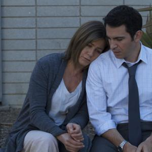 Still of Jennifer Aniston and Chris Messina in Pyragas (2014)