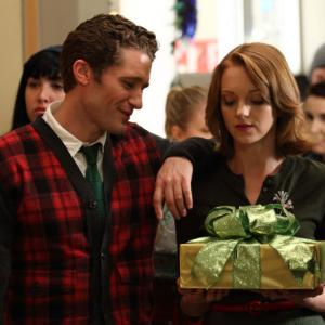 Still of Matthew Morrison and Jayma Mays in Glee 2009