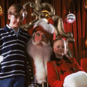 Still of Thora Birch, Leslie Nielsen and Ethan Embry in All I Want for Christmas (1991)