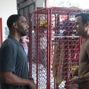 Still of Kevin Carroll and Justin Theroux in The Leftovers 2014