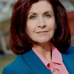 Paula Dellatte Business Headshot Fall 2015