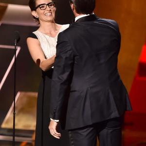 Tina Fey and Jon Hamm at event of The 67th Primetime Emmy Awards (2015)
