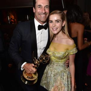 Jon Hamm and Kiernan Shipka at event of The 67th Primetime Emmy Awards (2015)