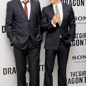 Stellan Skarsgård and Daniel Craig at event of Mergina su drakono tatuiruote (2011)
