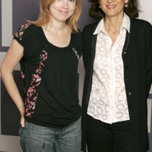 Isabelle Carré and Anne Fontaine at event of Entre ses mains (2005)