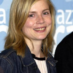 Isabelle Carré at event of Les sentiments (2003)