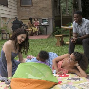 Still of Margaret Qualley, Jovan Adepo and Jasmin Savoy Brown in The Leftovers (2014)