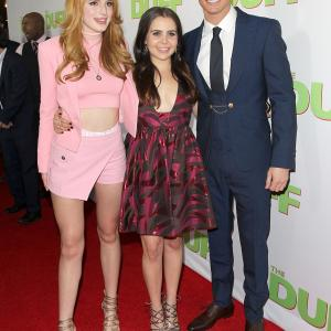 Mae Whitman, Robbie Amell and Bella Thorne at event of The DUFF (2015)