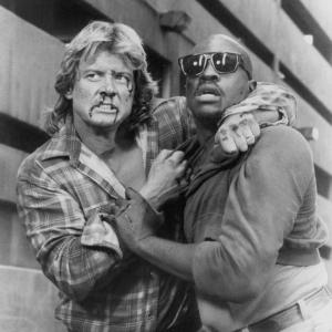 Still of Keith David and Roddy Piper in They Live 1988