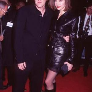 Mira Sorvino and Quentin Tarantino at event of Jackie Brown 1997