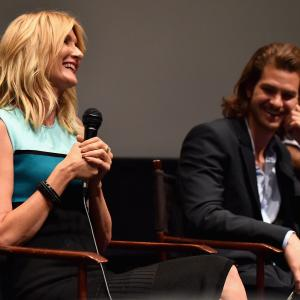 Laura Dern and Andrew Garfield at event of 99 Homes (2014)
