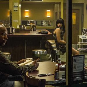 Still of Denzel Washington and Chloë Grace Moretz in Ekvalaizeris (2014)