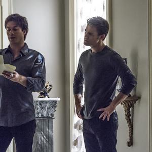 Still of Ian Somerhalder and Paul Wesley in Vampyro dienorasciai (2009)