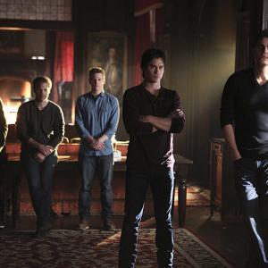 Still of Matthew Davis, Ian Somerhalder, Paul Wesley, Zach Roerig and Michael Trevino in Vampyro dienorasciai (2009)