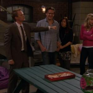 Still of Neil Patrick Harris, Alyson Hannigan, Sarah Chalke and Jason Segel in Kaip as susipazinau su jusu mama (2005)