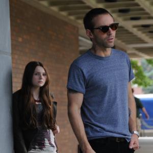 Still of Alessandro Nivola and Abigail Breslin in Janie Jones 2010