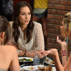 Still of Troian Bellisario Lucy Hale and Ashley Benson in Jaunosios melages 2010
