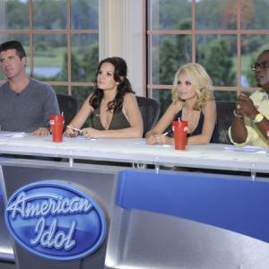Still of Kristin Chenoweth, Simon Cowell, Randy Jackson and Kara DioGuardi in American Idol: The Search for a Superstar (2002)