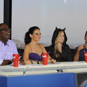 Still of Simon Cowell, Randy Jackson, Avril Lavigne and Kara DioGuardi in American Idol: The Search for a Superstar (2002)