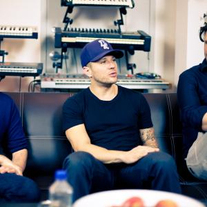 Ladygunn TV Interview with Ryan Phillippe and The Newton Brothers