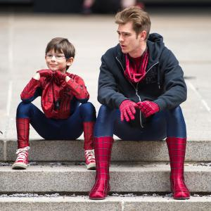 Jorge Vega and Andrew Garfield on the set of The Amazing Spider-Man 2
