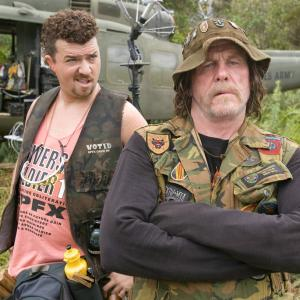 Still of Nick Nolte and Danny McBride in Griaustinis tropikuose 2008